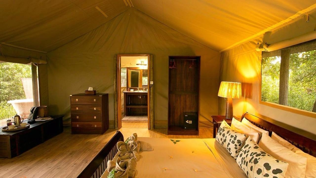 Linyanti Ebony Bush Camp